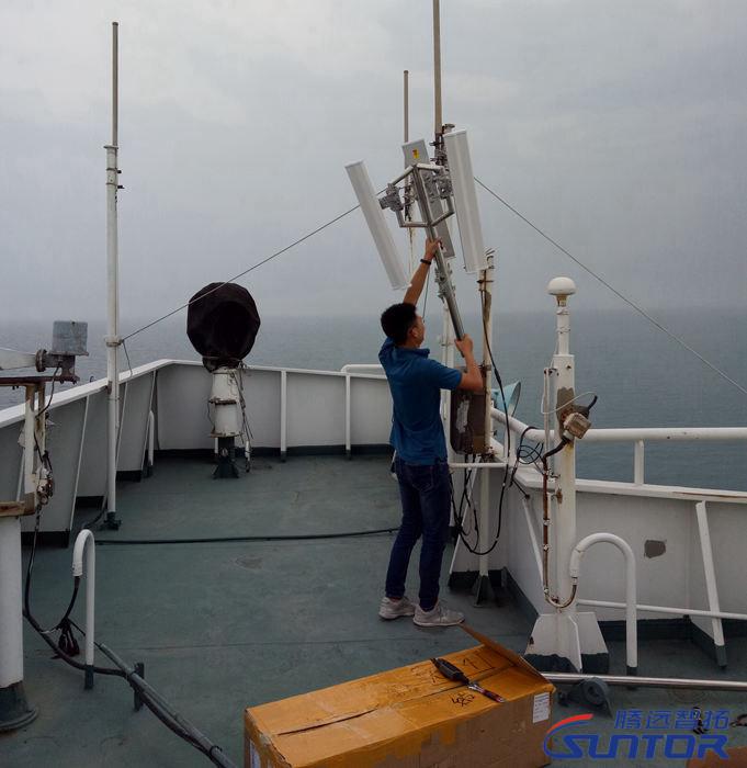 安装无线图传设备专用天线