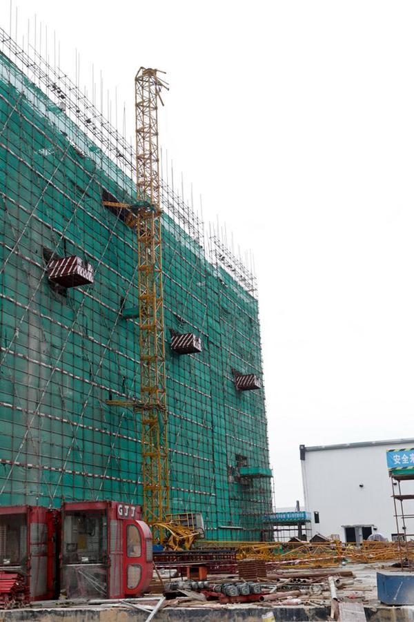 随着这起事故的发生,不论是广州市还是全国所有的大小城市,都必须狠抓工程项目安全问题,做到有效管理,防范于未然,而近期,预防崩塌和高空坠落等建筑工地常见的安全事故问题则成为了广大建筑工地项目的重中之重了。