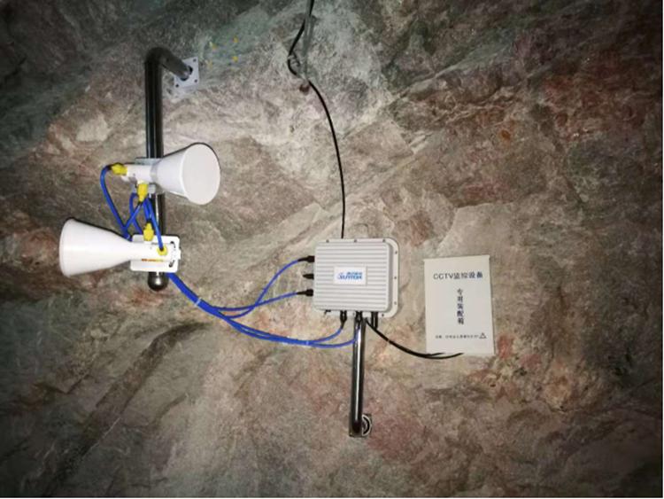 矿井内设备安装图2