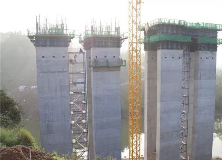 铜钵河大桥施工现场