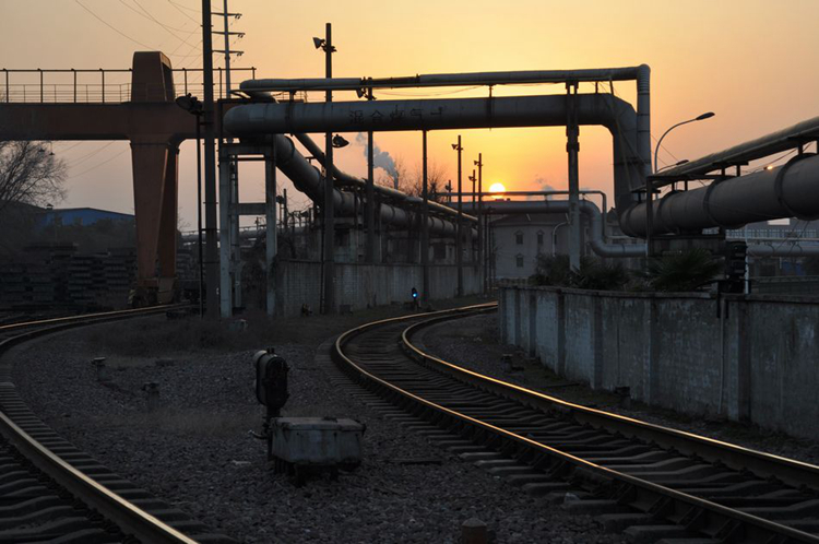 钢铁厂图片